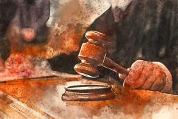 Judge banging on gavel